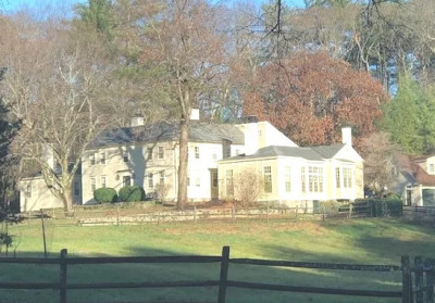 Decorating a 1790 Federal Farmhouse