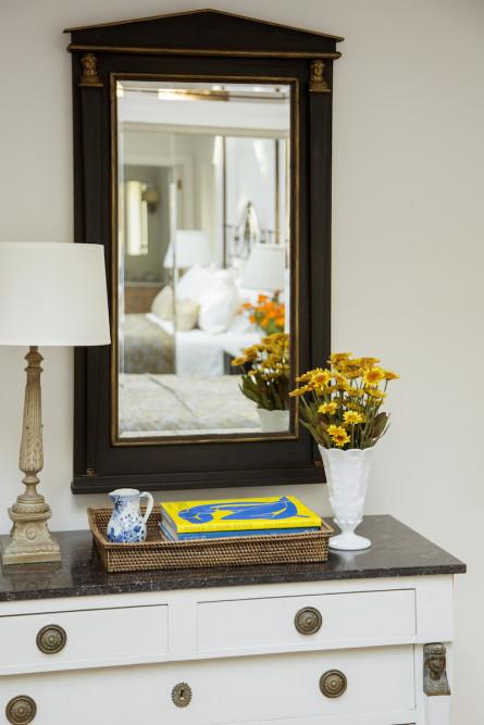 bedroom-dresser-sidetable-accessories