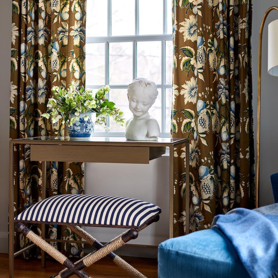 bedroom-table-interior-design-newton-ma