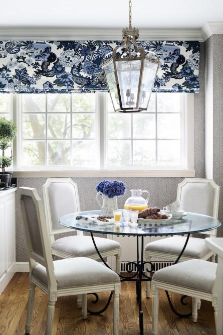 breakfast-table-floral-window-treatments