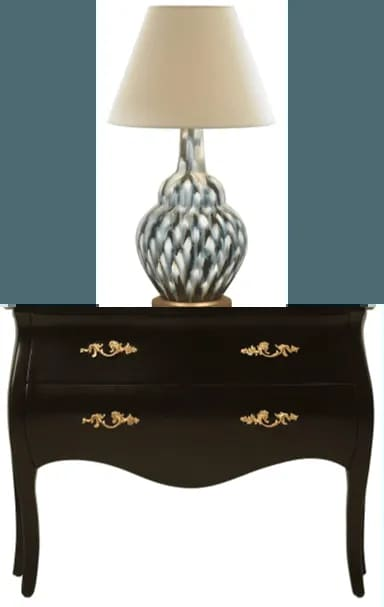 Chest+and+lamp 1920w
