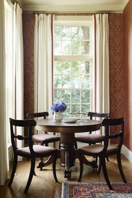 dining-table-lw-interiors-sudbury-ma