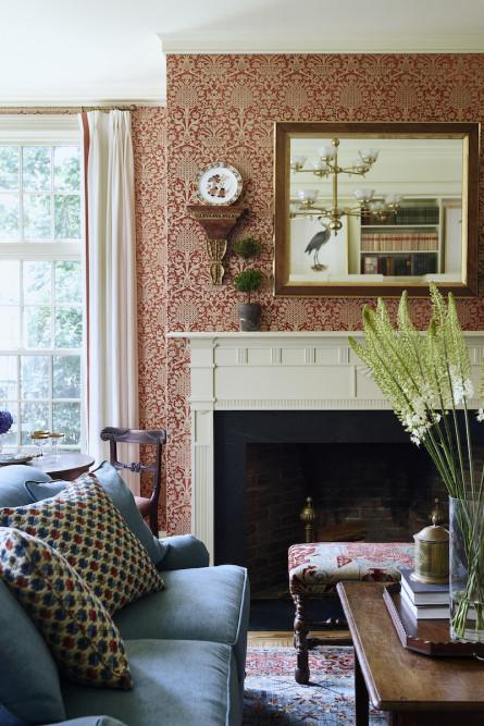 farmhouse-living-room-wallpaper-fireplace-sudbury-ma