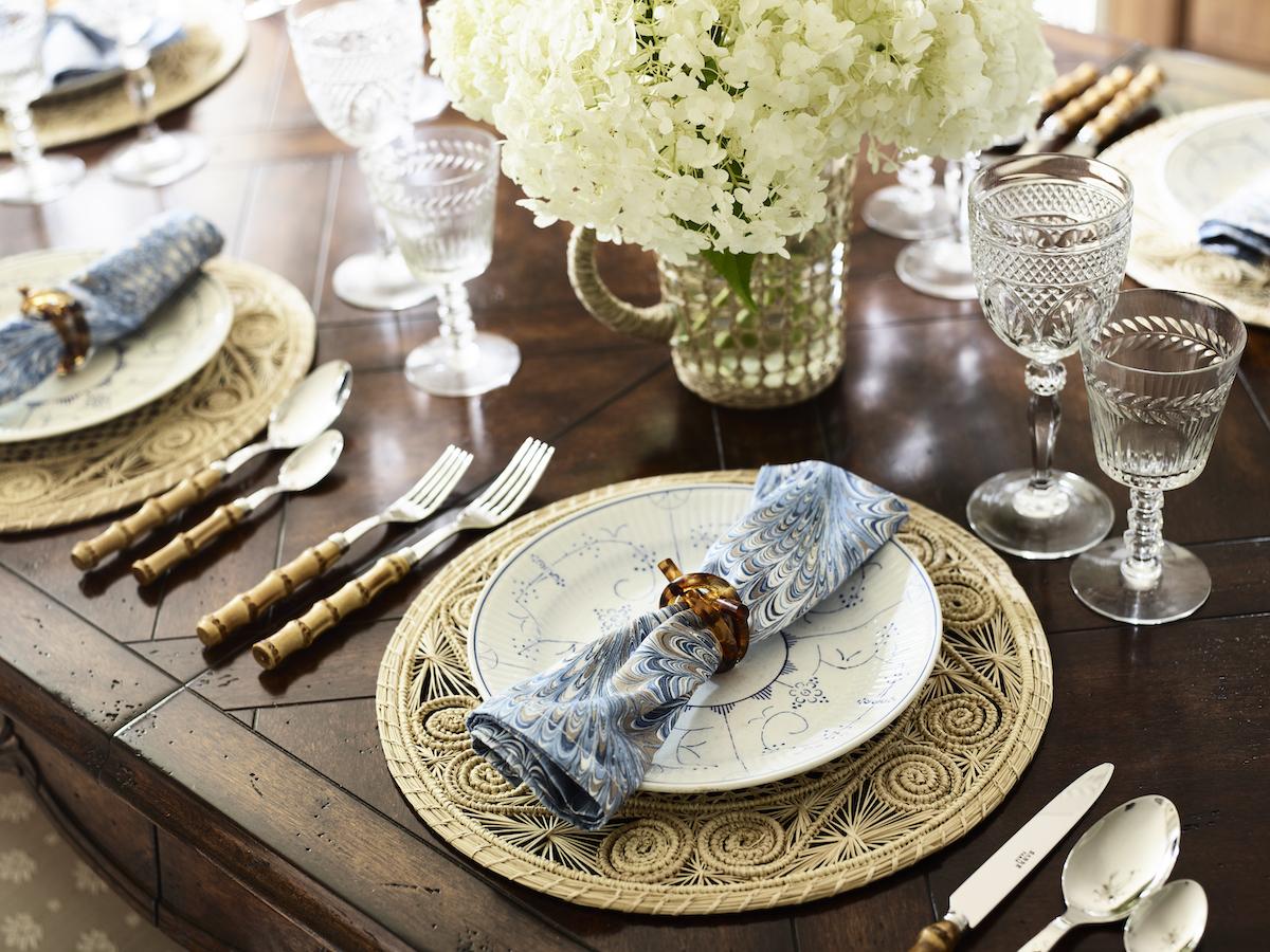 formal-table-setting-napkin-ring-silverware