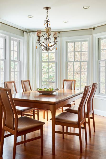 kitchen-table-natural-light-interior-design