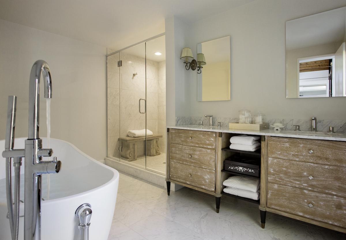 lw-interiors-lenox-ma-bathroom-design