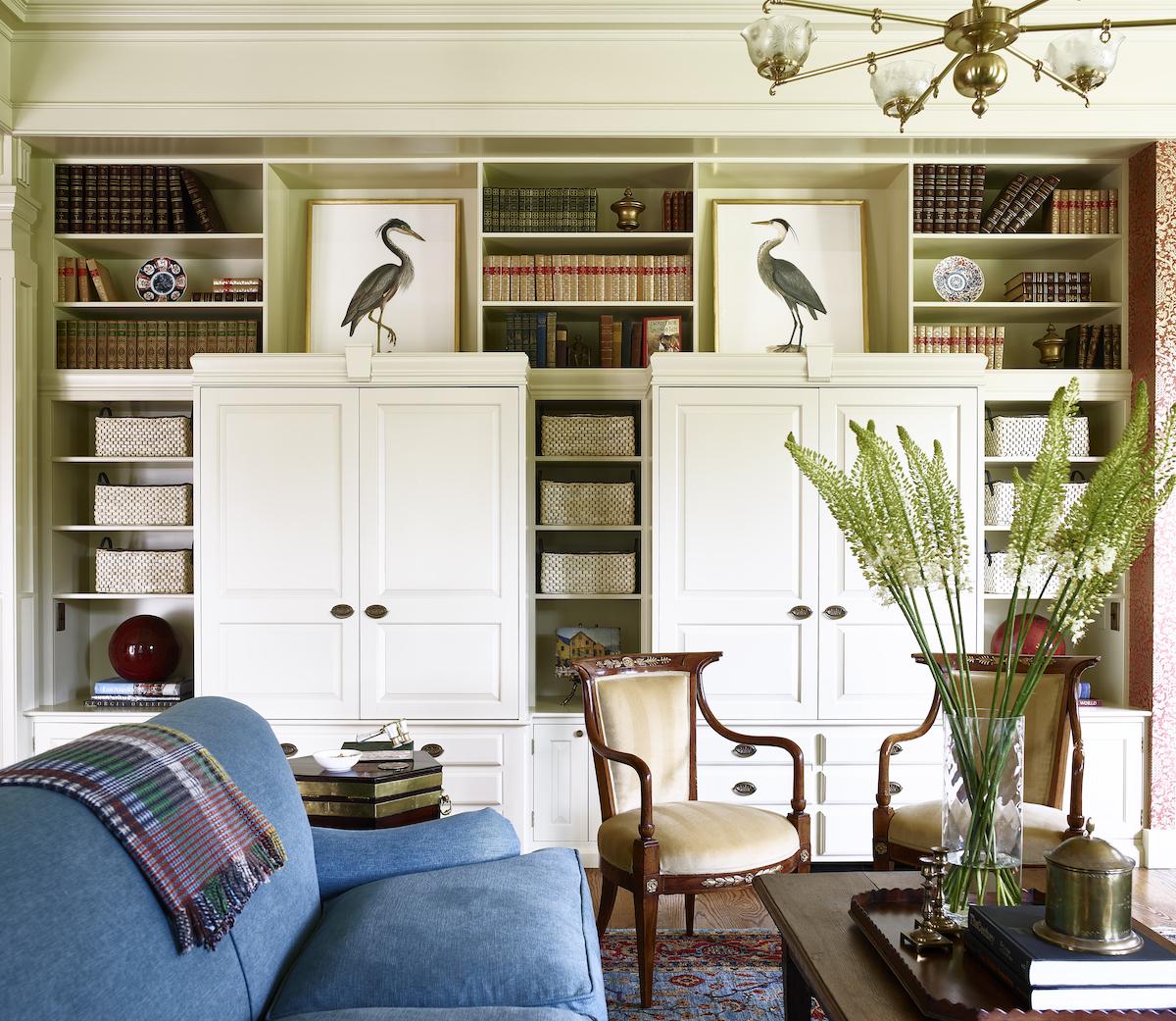 lw-interiors-living-room-built-in-shelves