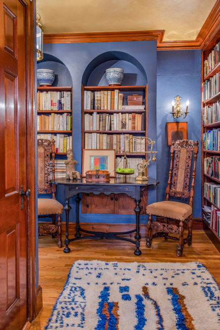 tudor-home-library-interior-design